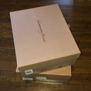 Gianvito Rossi shoe box